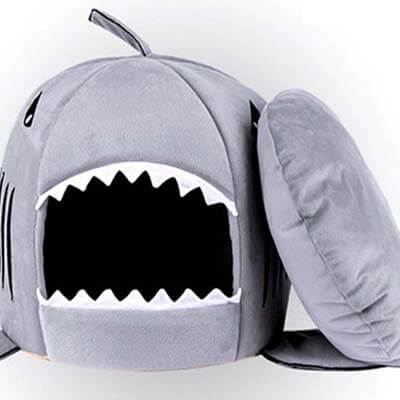 coussin requin chat 2